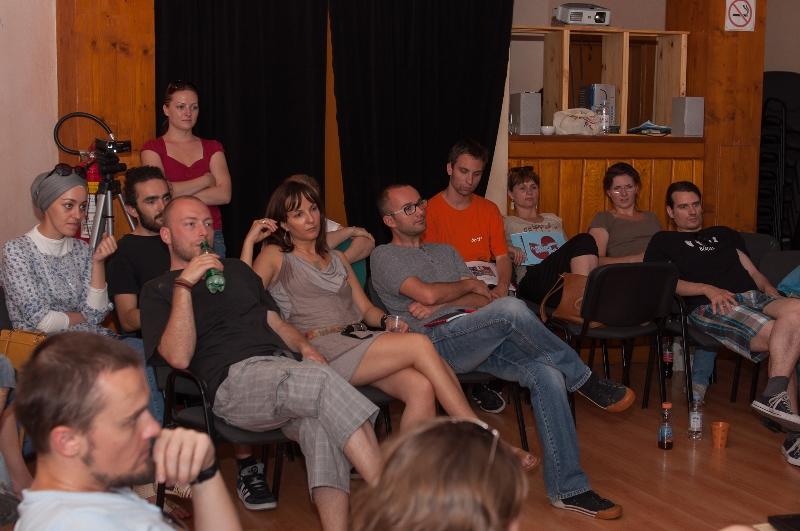 tuzla-juni-2012-javna-ucionica-film-zene-socijalizam-10