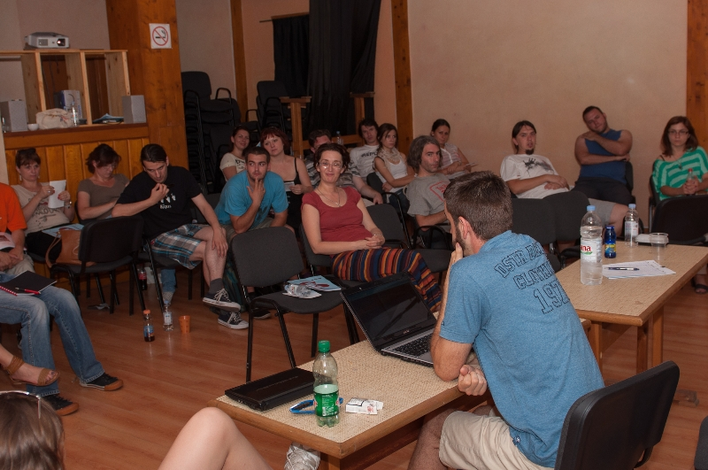 tuzla-juni-2012-javna-ucionica-film-zene-socijalizam-12