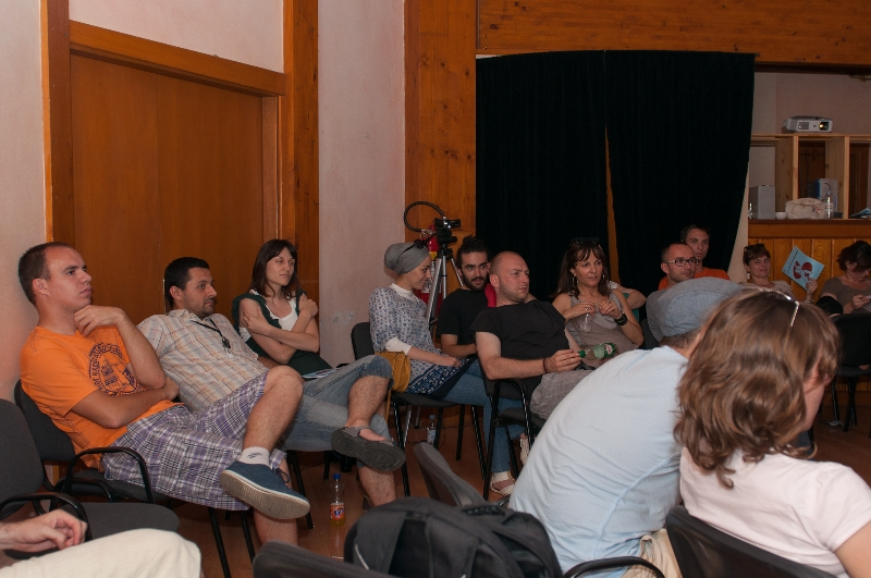 tuzla-juni-2012-javna-ucionica-film-zene-socijalizam-14