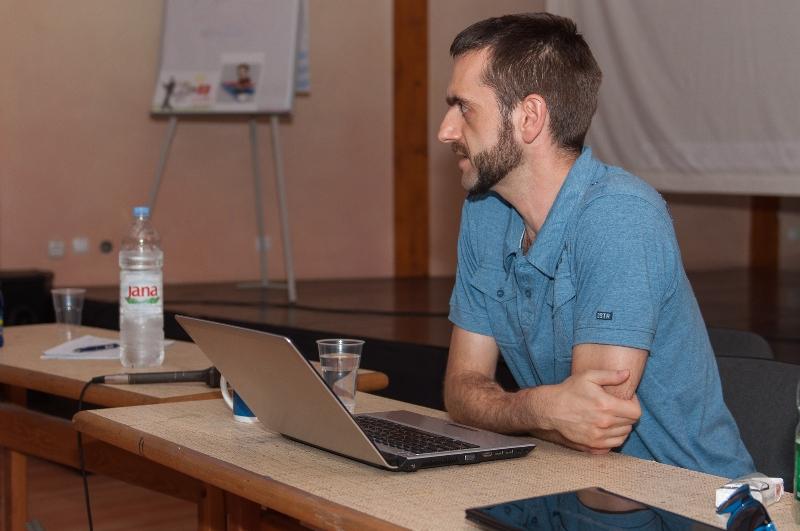 tuzla-juni-2012-javna-ucionica-film-zene-socijalizam-2