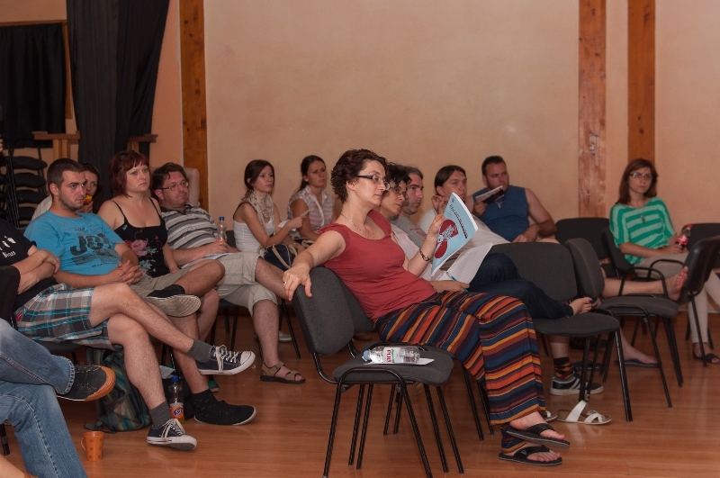 tuzla-juni-2012-javna-ucionica-film-zene-socijalizam-3