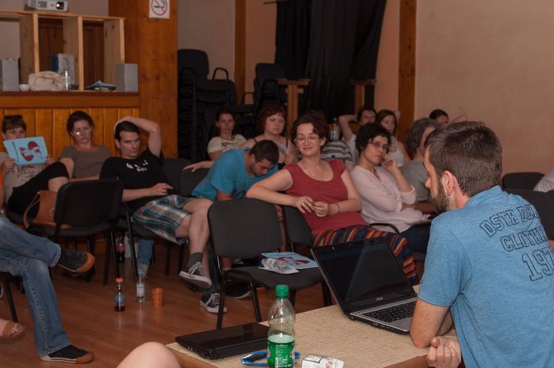 tuzla-juni-2012-javna-ucionica-film-zene-socijalizam-9