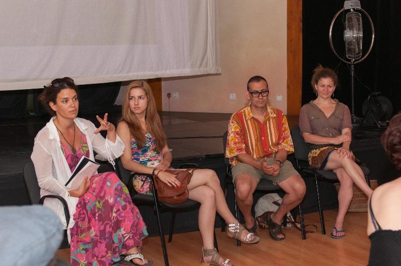 tuzla-juni-2012-okrugli-stol-i-performans-sol-zemlje-1