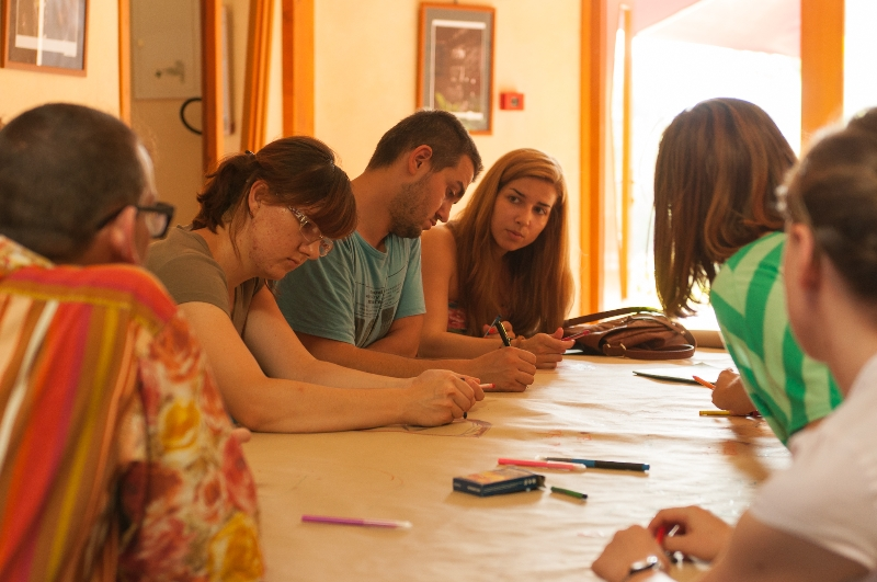 tuzla-juni-2012-okrugli-stol-i-performans-sol-zemlje-26