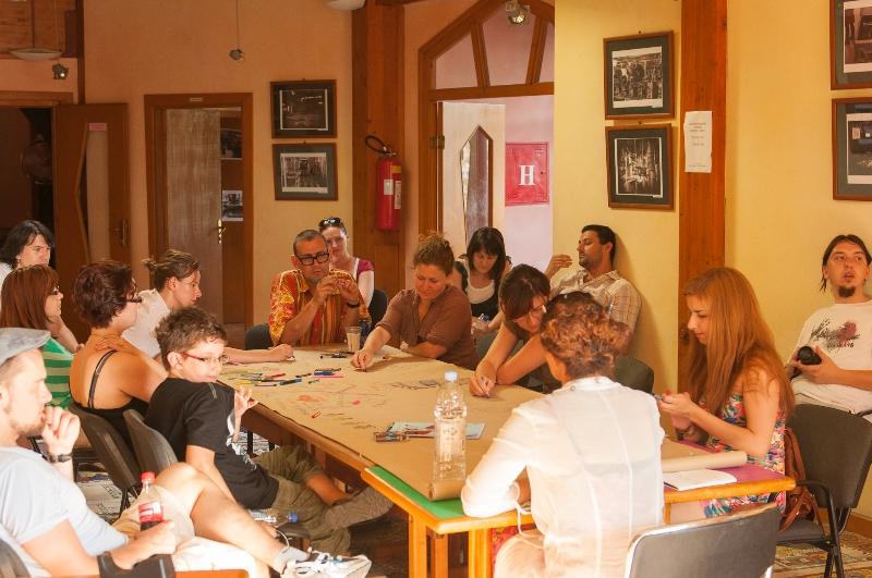 tuzla-juni-2012-okrugli-stol-i-performans-sol-zemlje-47