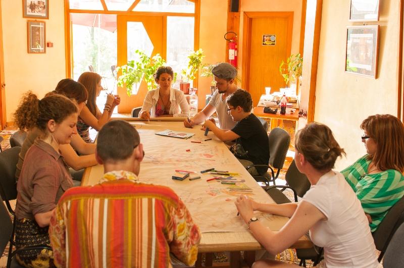 tuzla-juni-2012-okrugli-stol-i-performans-sol-zemlje-50